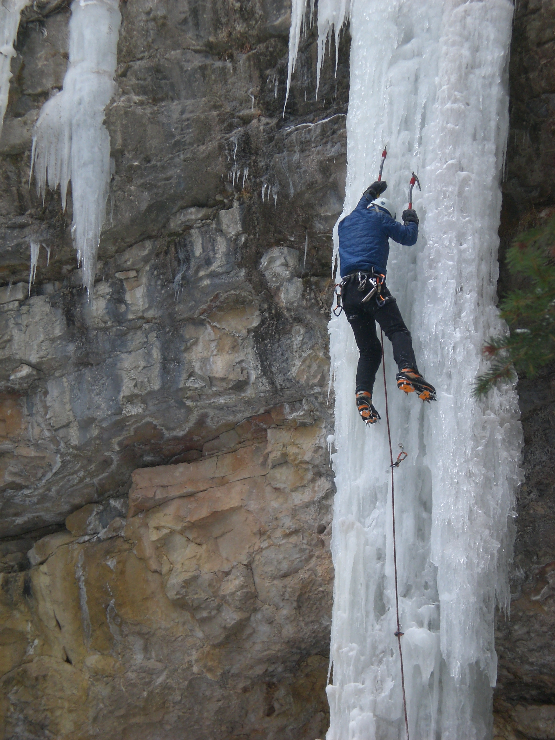 What is Dangerous about Ice Climbing